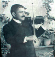 carrilloconviolin.jpg